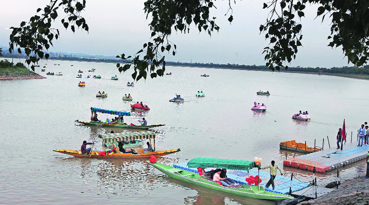 Things you must try when you visit the beautiful, Sukhna lake Chandigarh