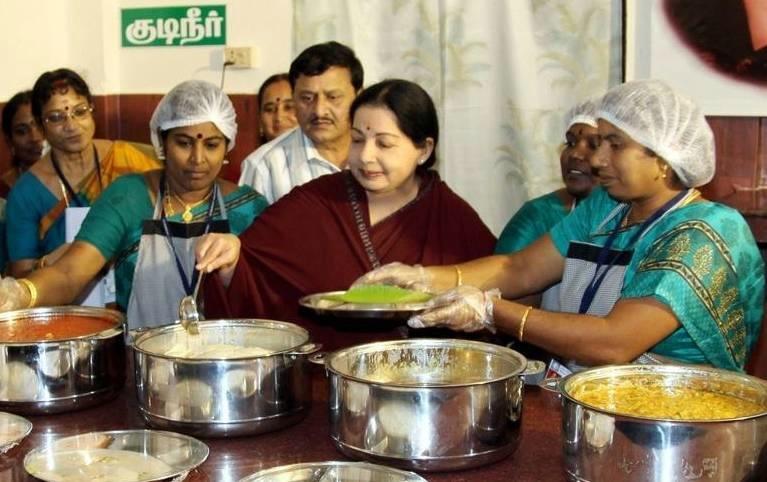 jayalalithaa-amma-canteen_fotor