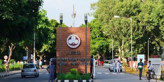 PGI Chandigarh Warning To Latecomer Doctors