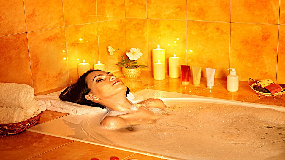 6 Reasons, Why You Should Take Bath Before Go To Bed?